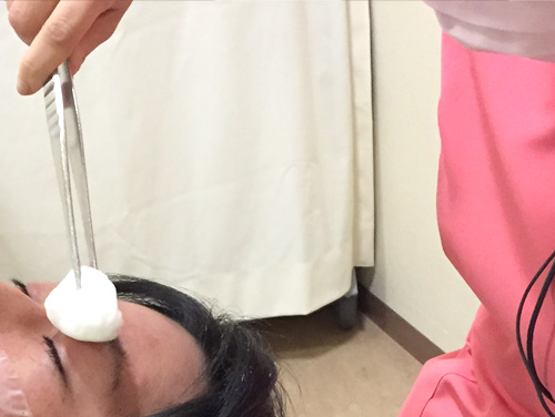 聖心美容クリニック 経結膜下脱脂法 消毒